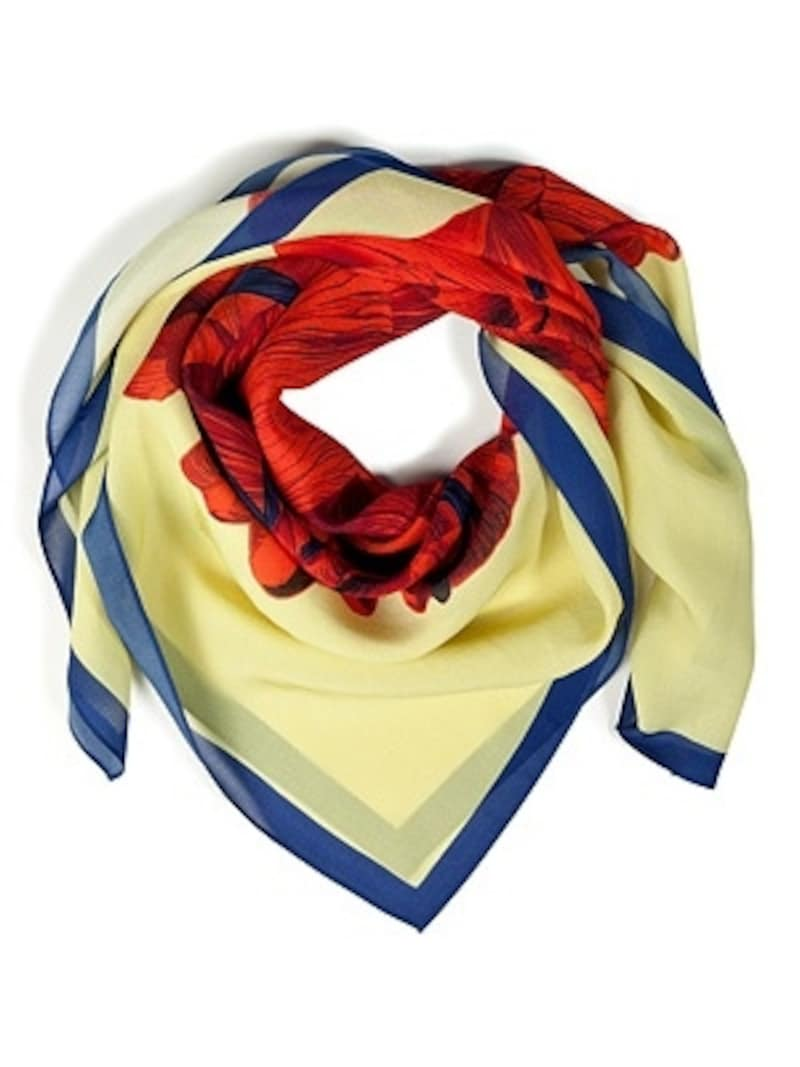 McQAlexanderMcQueen(マックキュー・アレクサンダー・マックイーン)/YellowHandDrawnIrisSilkScarf/素材:100%Silk