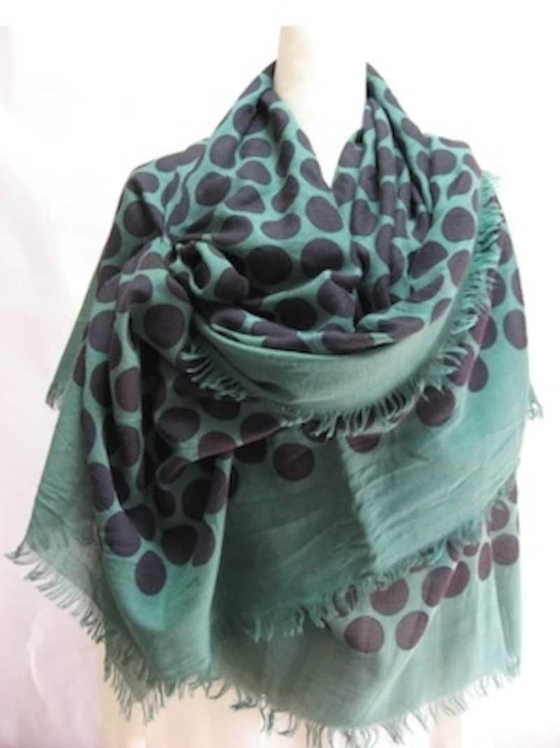初夏まで使える、爽やかなグリーン~ブルー系のスカーフ