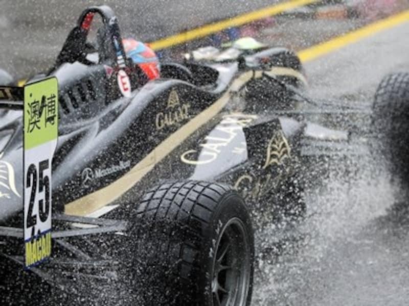 雨に見舞われた2011年のマカオグランプリ(c)CGPM大賽車委員曾
