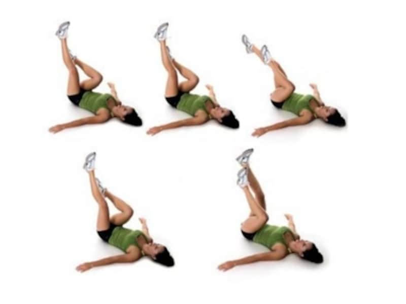 脚の運動。