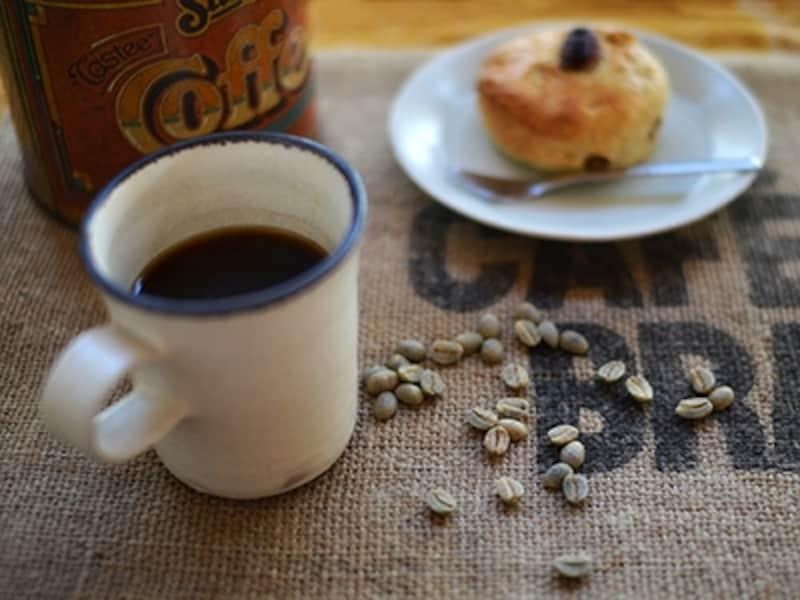 コーヒーとスコーン。