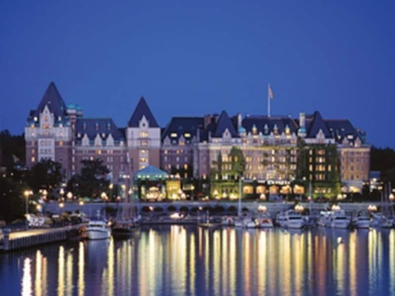 このホテルが目に入ると、思わず、歓声がわき上がるほどの存在感(C)FairmontHotelsandResorts