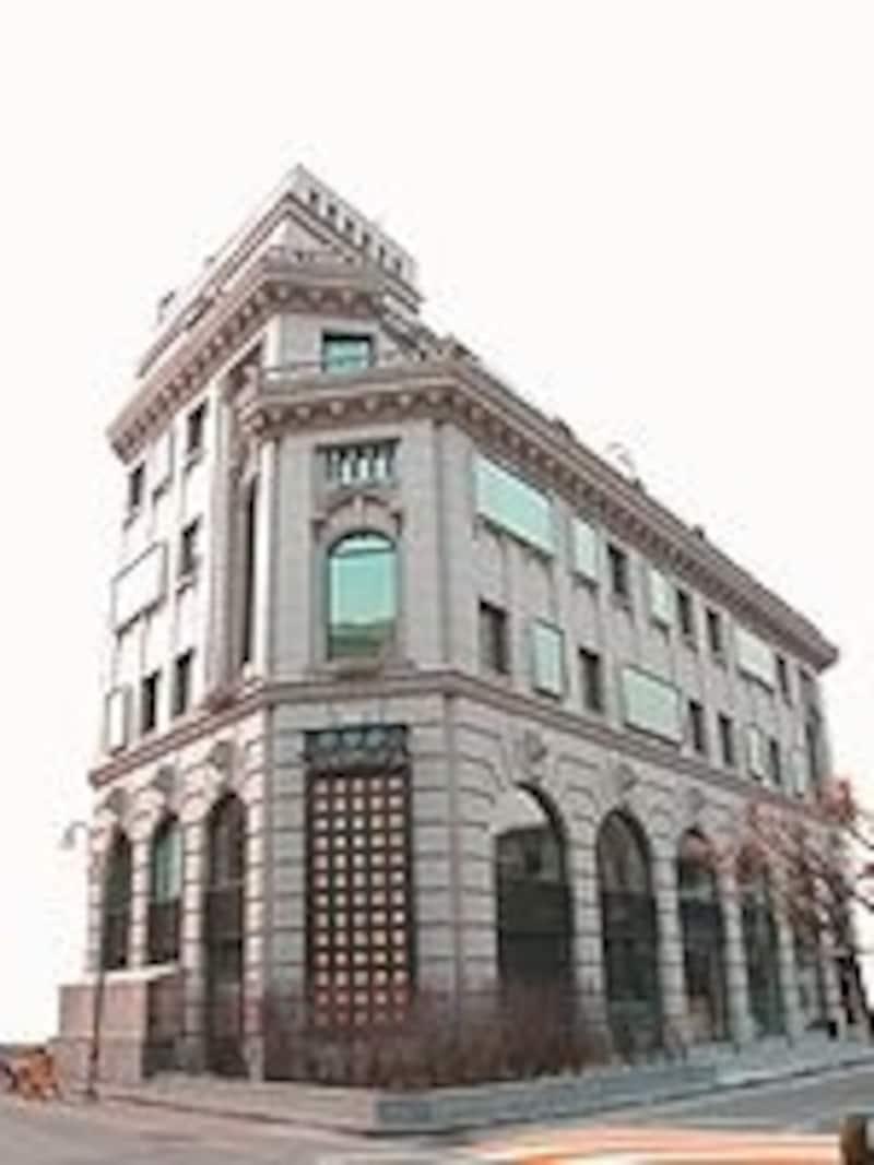 5階立てのレトロな建物。有名なので、道行く人に尋ねても教えてくれるはず(C)Hanilkwang