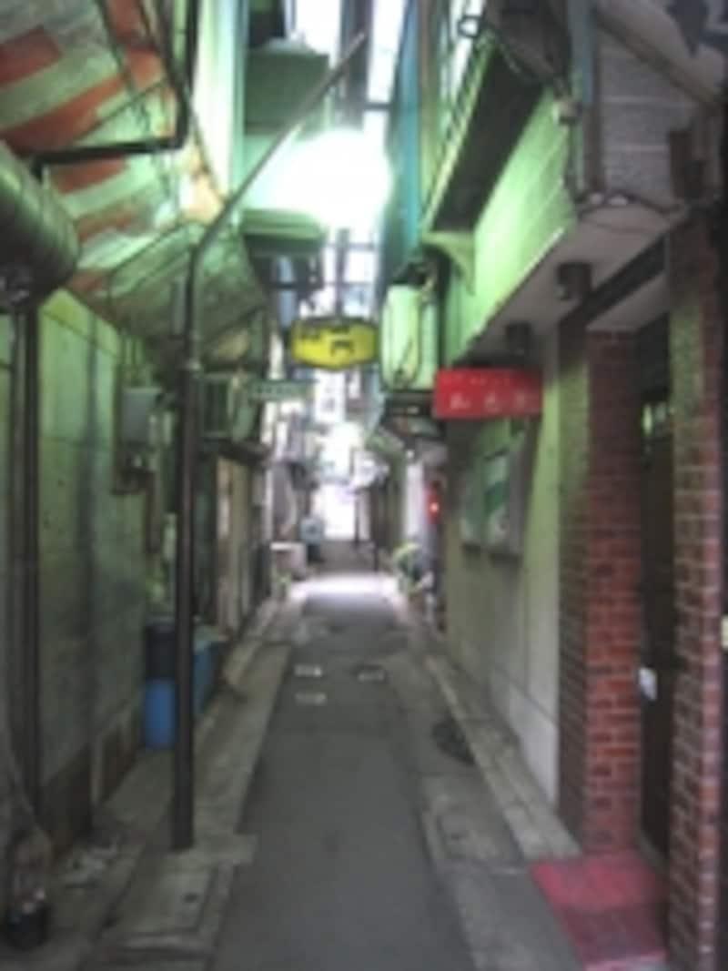 京成立石の飲食店街