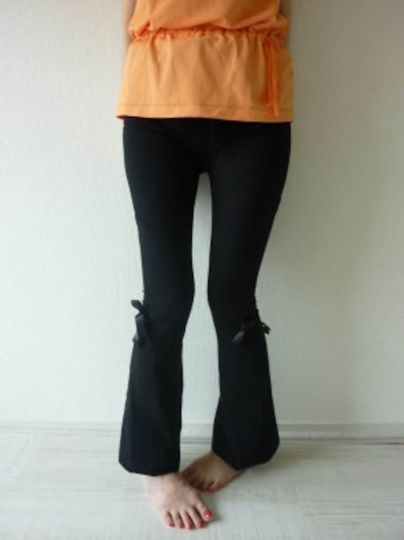 内股歩きは膝の負担大