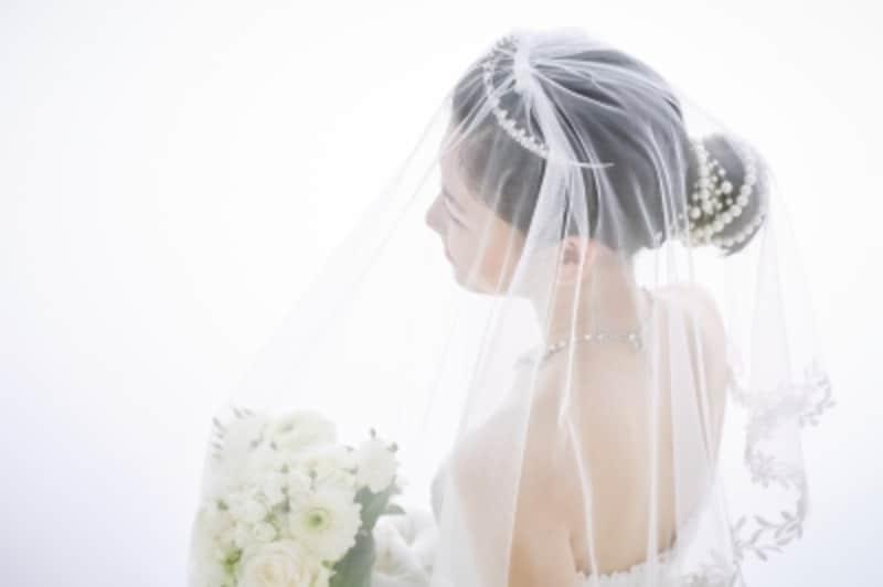 結婚式定番の演出ブーケトス・ブーケプルズ