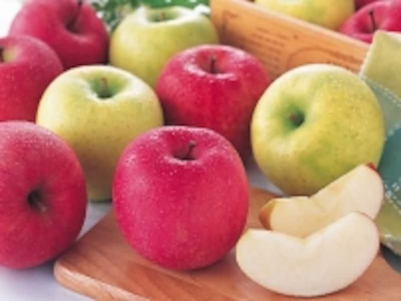 りんごは歯の黄ばみも除去してくれます