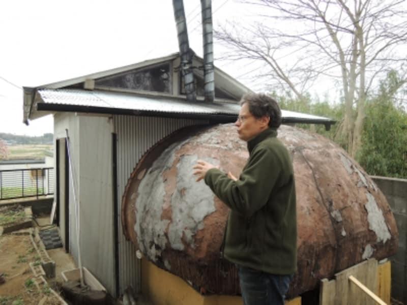 裏庭のパン焼き小屋