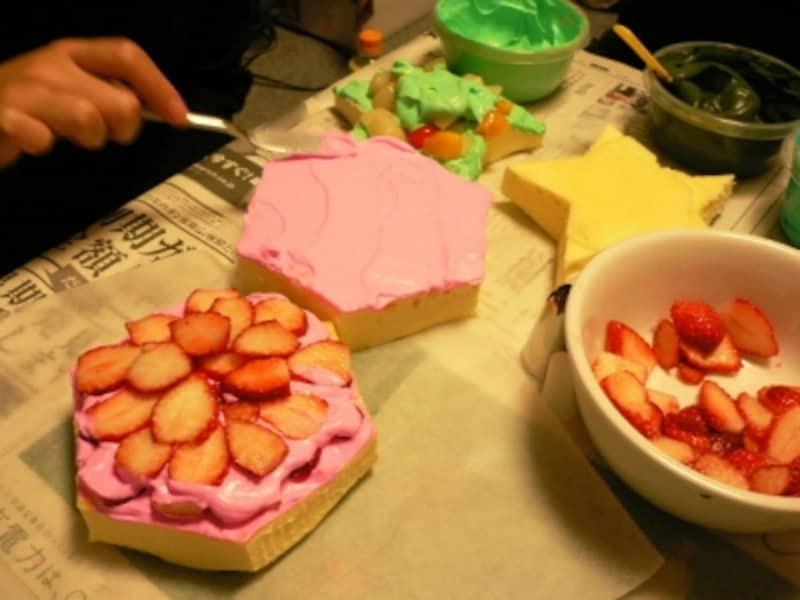 中身はもちろん、普通のケーキ
