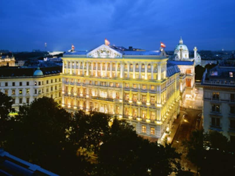 ホテル・インペリアルの夜景
