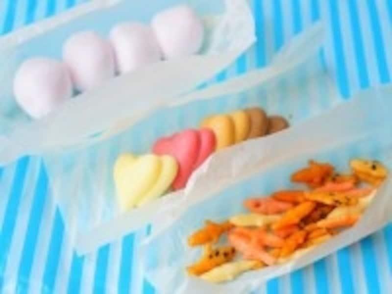お菓子を包む