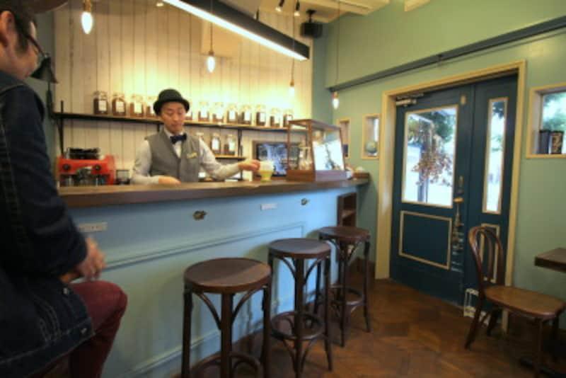 青森駅周辺観光のおすすめカフェ「CafédesGitanes古川店」