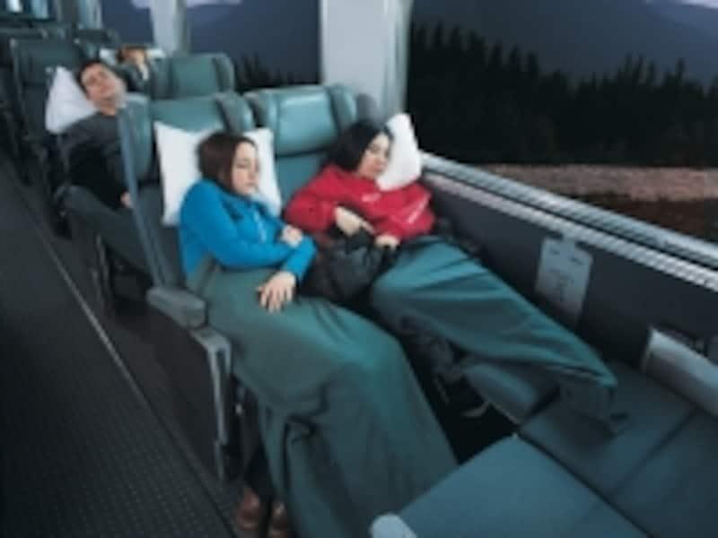 毛布や枕などは含まれていないので、要注意。車内で購入は可能(C)VIARailCanada