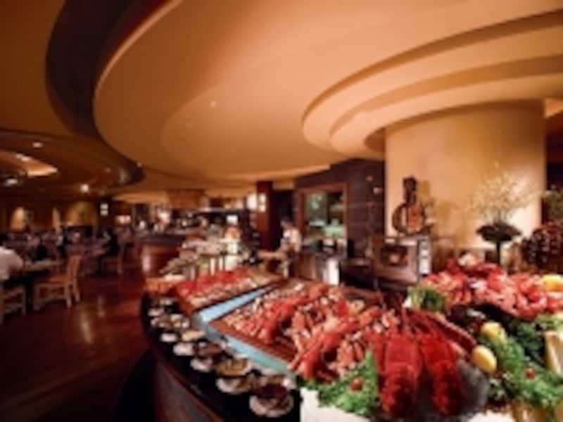 寿司や刺身など海鮮類も豊富なブッフェレストラン、888グルメプレイス(c)SandsMacao