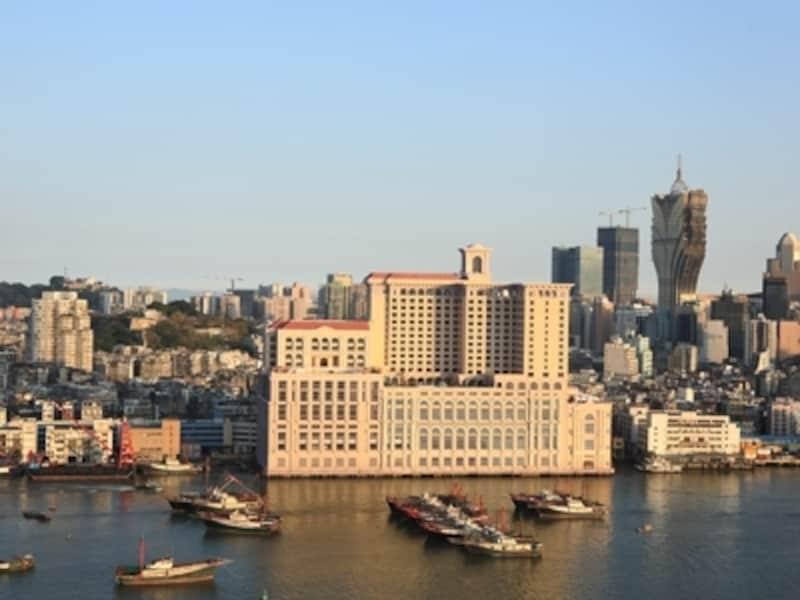 内港エリアにあり、セナド広場にも徒歩圏内という絶好のロケーション(c)Ponte16