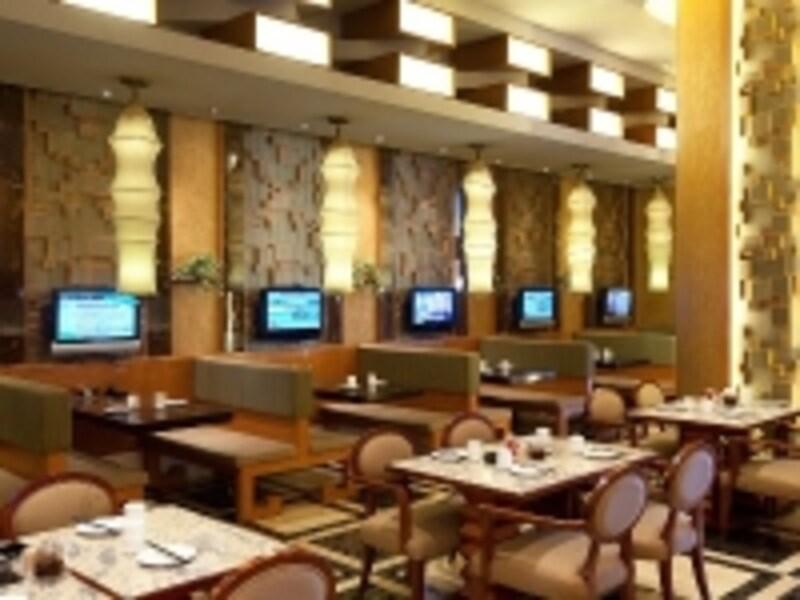 24時間営業の168レストラン(c)Ponte16