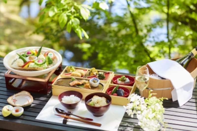 季節の野菜を使った和食膳の朝食