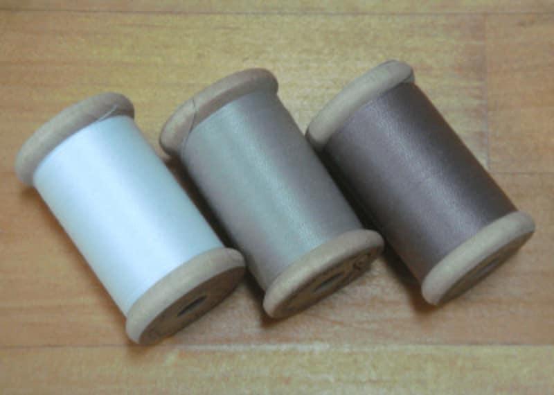 糸の色は用途やお好みで