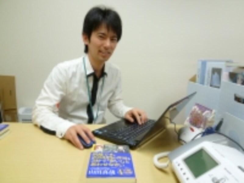 山田真哉先生のオフィスにて。