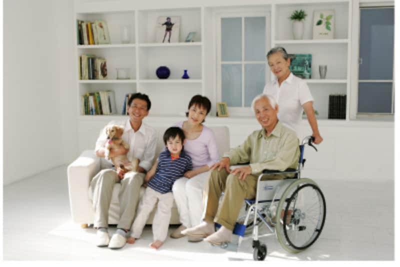 転ばぬ先の杖!バリアフリーにしていたから車いすでも家族と一緒に生活できる。