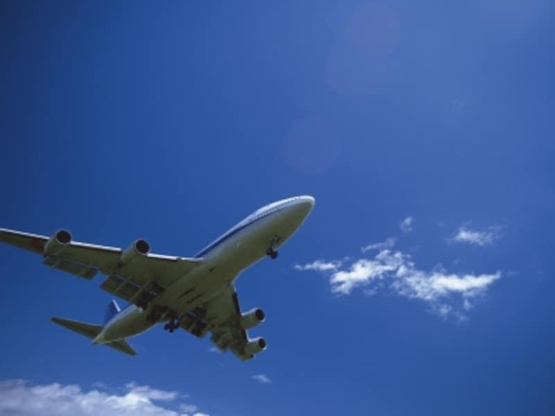 飛行機遅延・欠航が補償される条件は?
