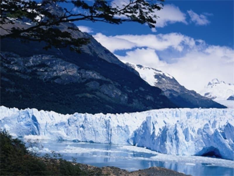 ペリト・モレノ氷河はパタゴニア旅行最大のクライマックス。undefined写真提供:アルゼンチン観光局