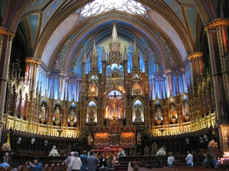 モントリオールで一番の人気スポット、ノートルダム教会undefined(C)TourismQuebec