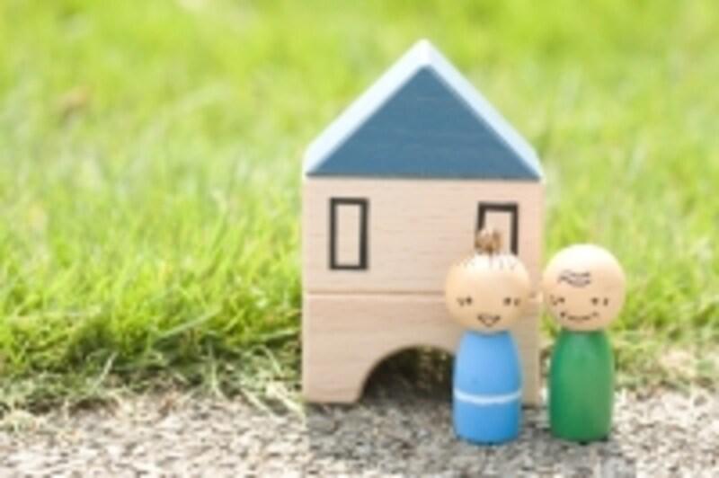 高齢になるほど持ち家の割合が増える傾向に