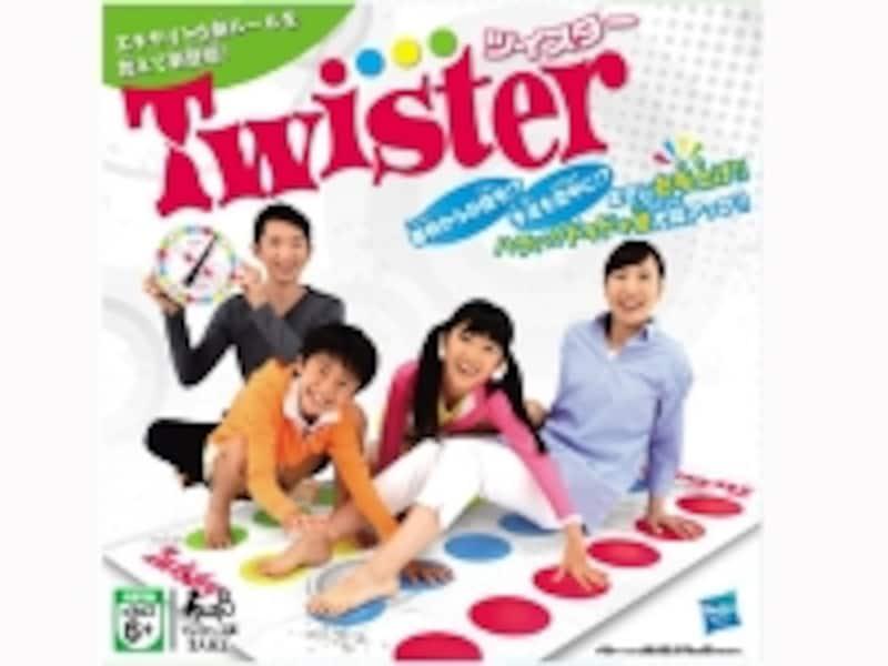 「ツイスター」はルーレットで出た色に手足を置いていく全身バランスゲーム