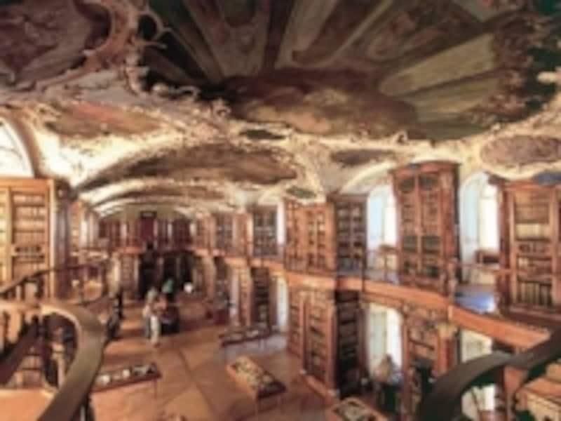 ザンクト・ガレン修道院付属図書館