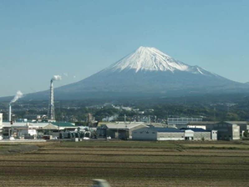 東海道新幹線三島-新富士間から眺める富士山