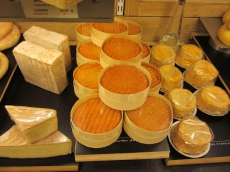 ワインに合うおつまみといえばチーズ