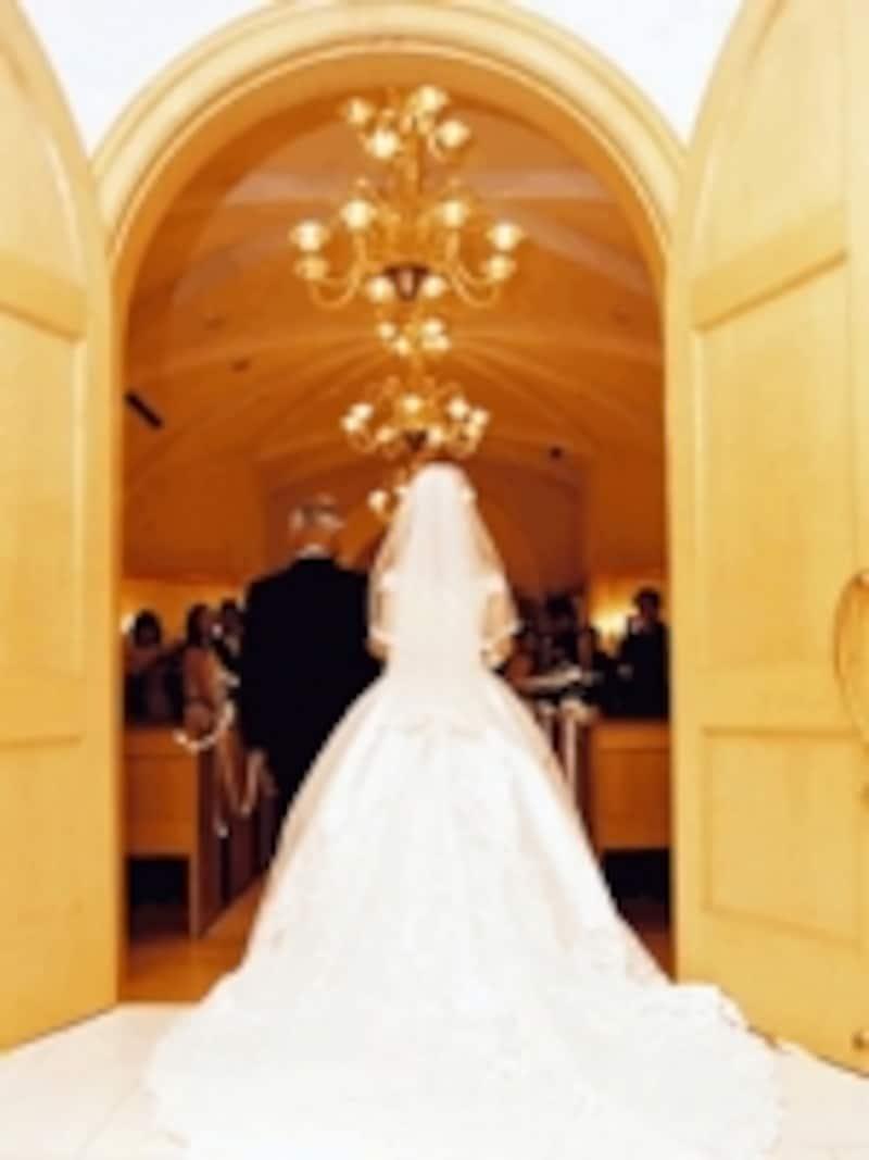 国際結婚する場合は、相手の国の健康保険制度などもチェック