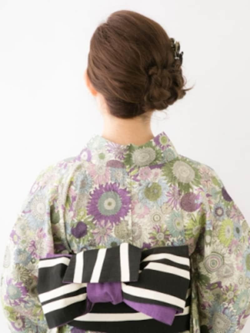 ロング浴衣・初心者も作りやすい三つ編みお団子ヘア