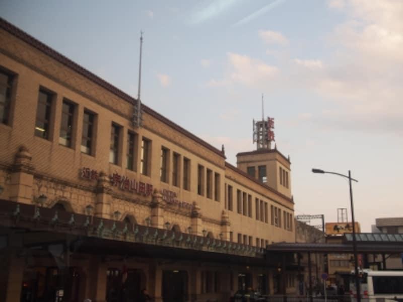 近鉄宇治山田駅は昭和6年建設の歴史ある駅舎。