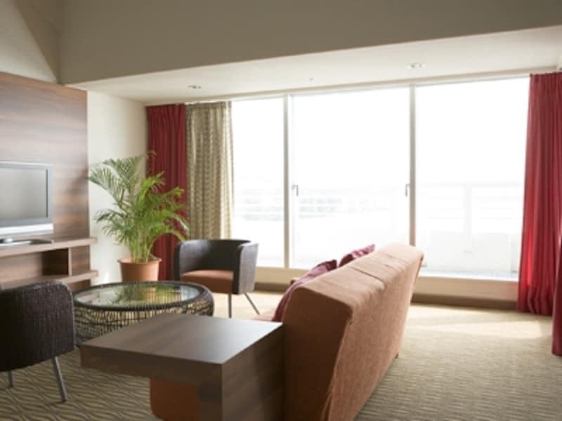 マンションの窓は、快適性とデザイン性を担う大事なポイント。さてこの窓の交換リフォーム、できる?できない?