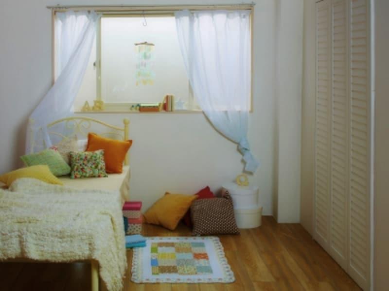 子供部屋の壁紙のカビ