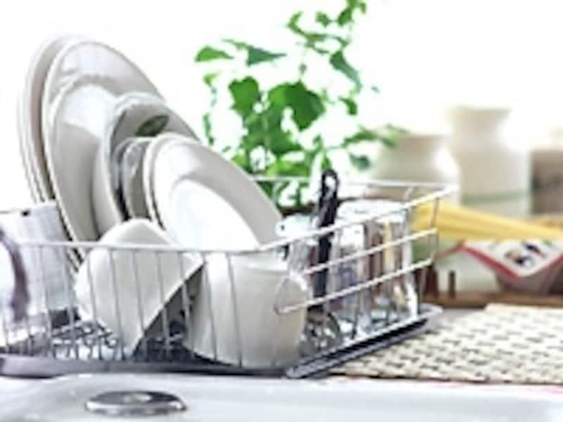 小皿を使えばそれだけたくさんの洗い物が出る。それを考えたらメンドウになるのは当然のこと。