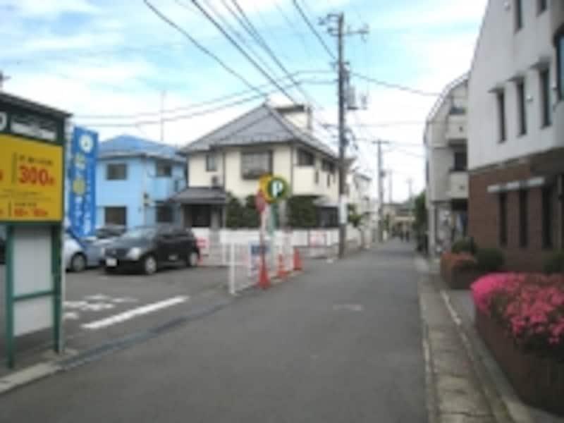 低層主体の住宅街
