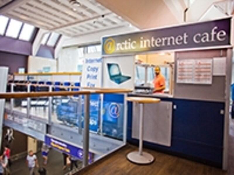オスロのインターネットカフェ