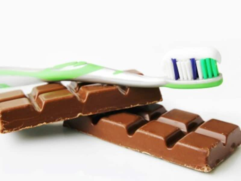 チョコレートと歯ブラシ