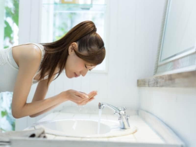 朝の洗面所