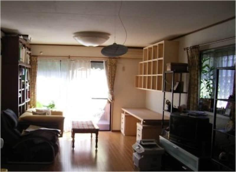 取りあえず3つのゾーンに分けて家具を配置することに。