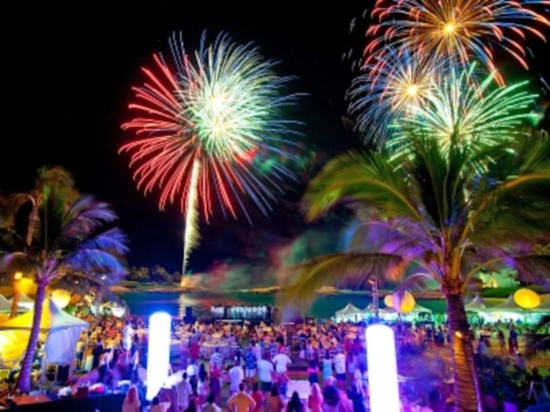 オアフ島西部コオリナ・リゾートで開催されるディナーイベント。期間中は、テーマと場所を変えて様々なグルメイベントが行われる