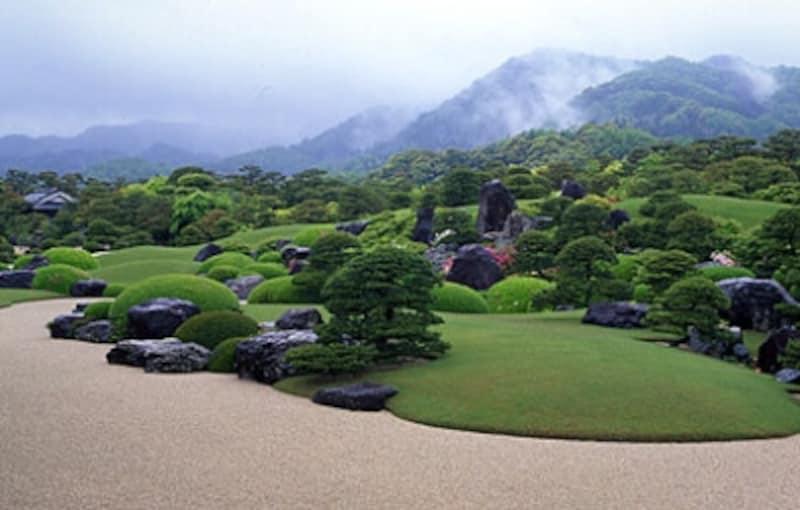 足立美術館の日本庭園undefinedundefined