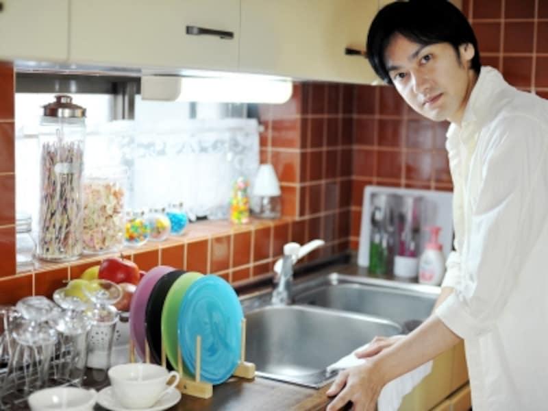 換気扇・レンジフードの掃除は体力を使うので夫が担当という家も少なくないというデータが。