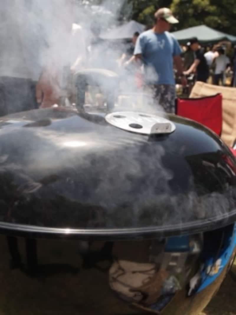 焦げたらすぐにお湯を入れて磨く事で焦げが落としやすくなります