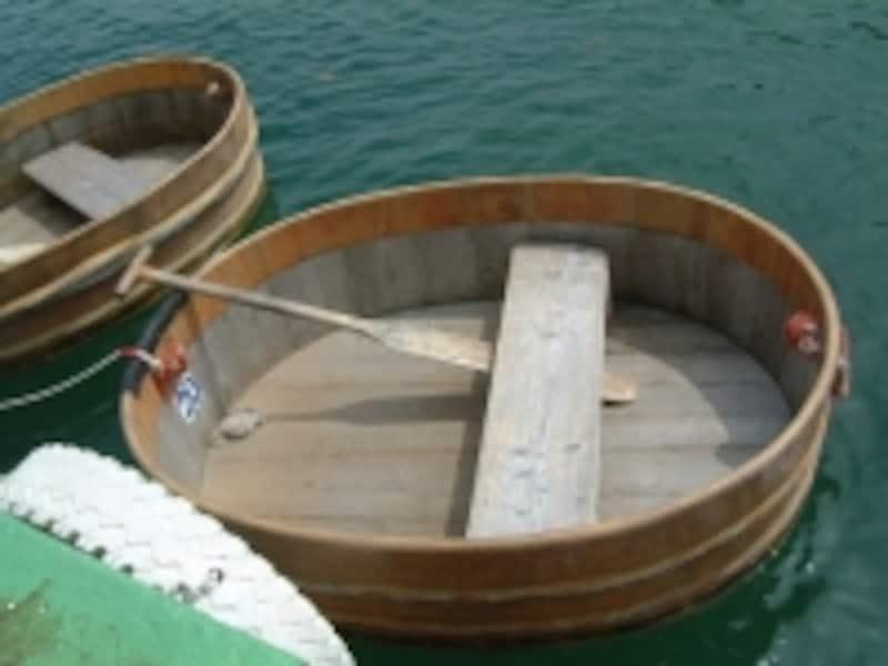 小木のたらい舟(2)