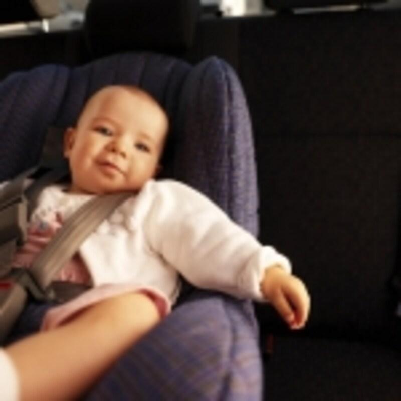 子どもが生まれると、クルマのある生活は便利です。