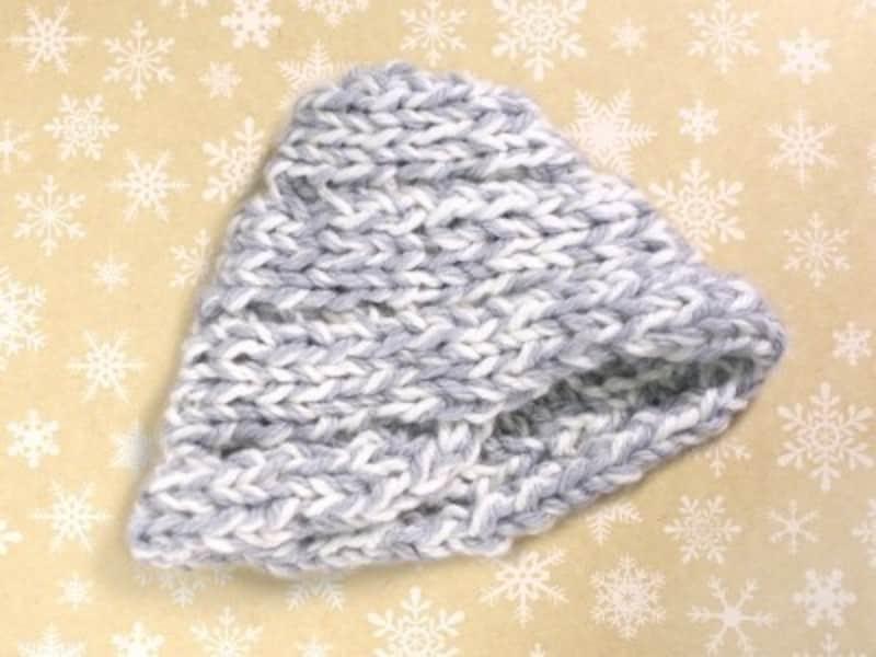 指編みニット帽子